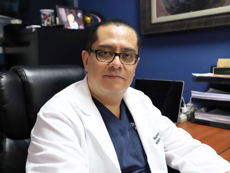 Dr. Mauricio Perdomo